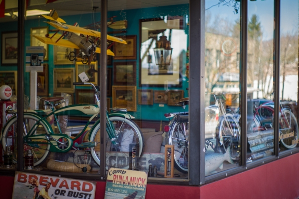 Continental Divide Store