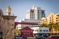 Miracle Mile | Leica M-E, Leica Summilux-M 50mm f/1.4 pre-ASPH