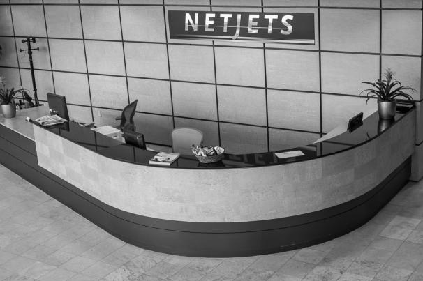 NetJets Receptionist Desk