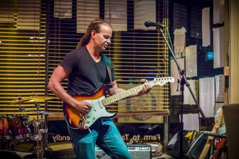 Paul Jones - Guitar